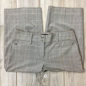 The Limited Stripes Short Pants Size 6 (B-97)